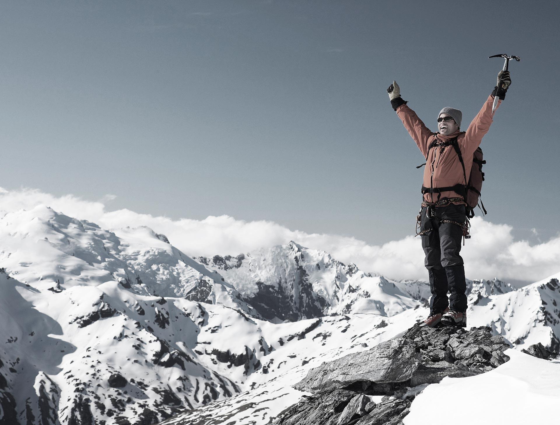 mountaineer_top_1920x1456